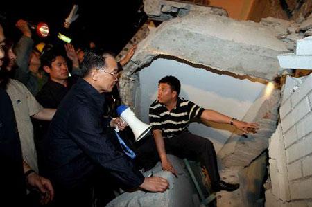 温总理在灾区
